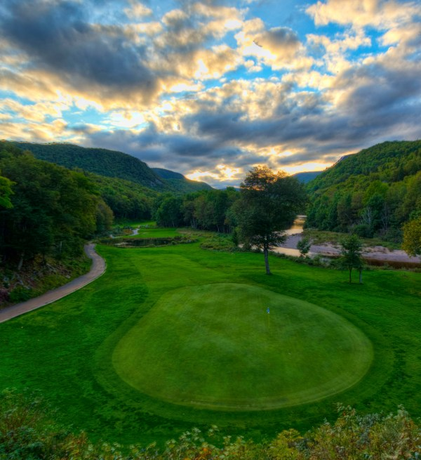 Sunset in the valley at the par-3 12th hole at Highlands Links