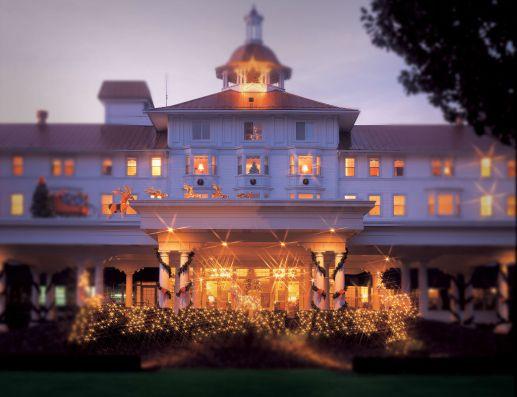 Carolina Hotel, Pinehurst, at Christmas (Image: Pinehurst Resort)