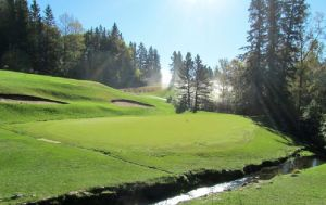 Clear Lake Golf Course Manitoba (Image: Clear Lake Golf Course)