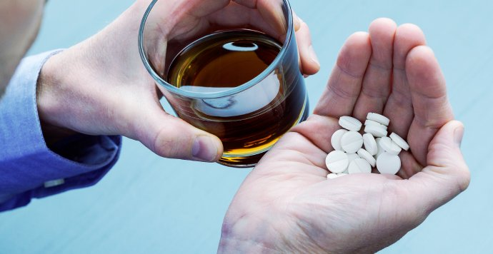 Addiction to alcohol and opioids – Things to know
