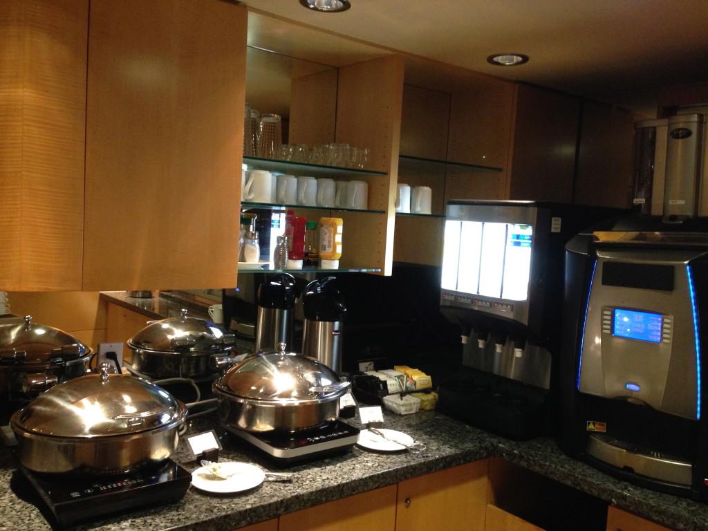 YVR Plaza Premium Lounge Transborder Hot Food