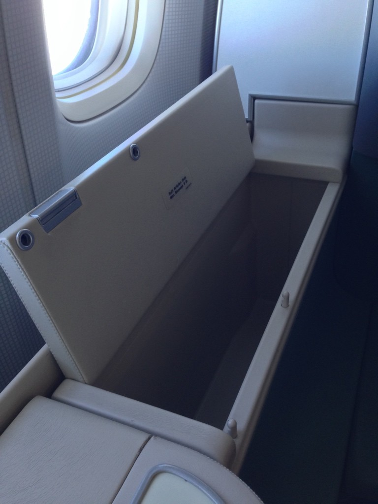 Korean Air First Class Review Storage Unit