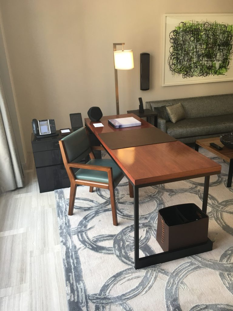 Park Hyatt New York - Work Desk