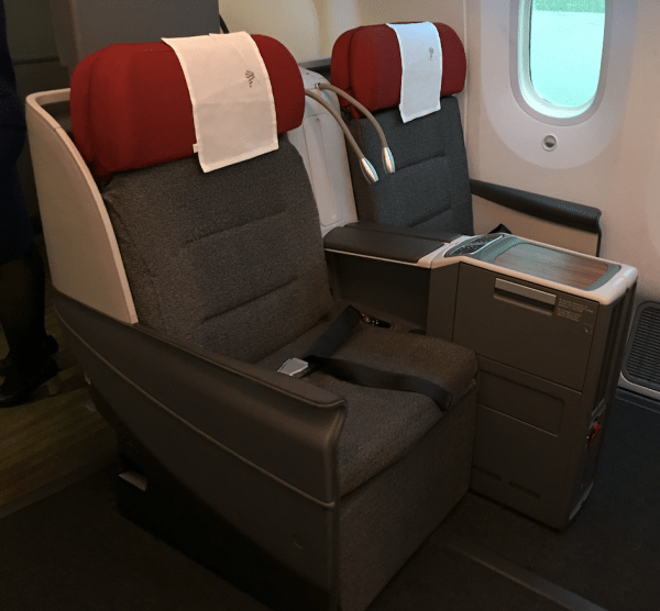 LATAM Airlines Business Class