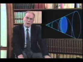 Lyndon LaRouche présentant sur l'économie physique en 1984