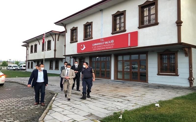 Vali İlhami Aktaş, Ayvacık Geri Gönderme Merkezinde incelemelerde bulundu