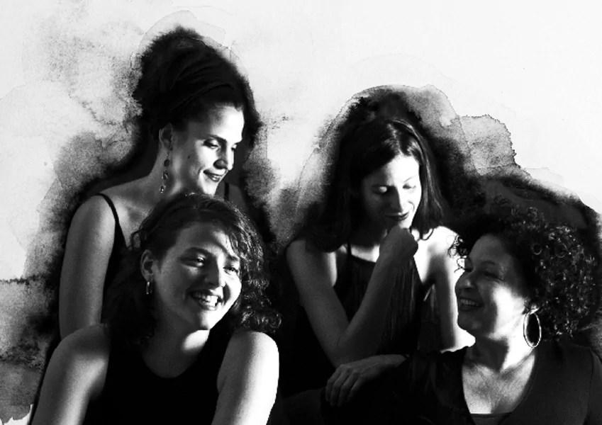 4 women quartet