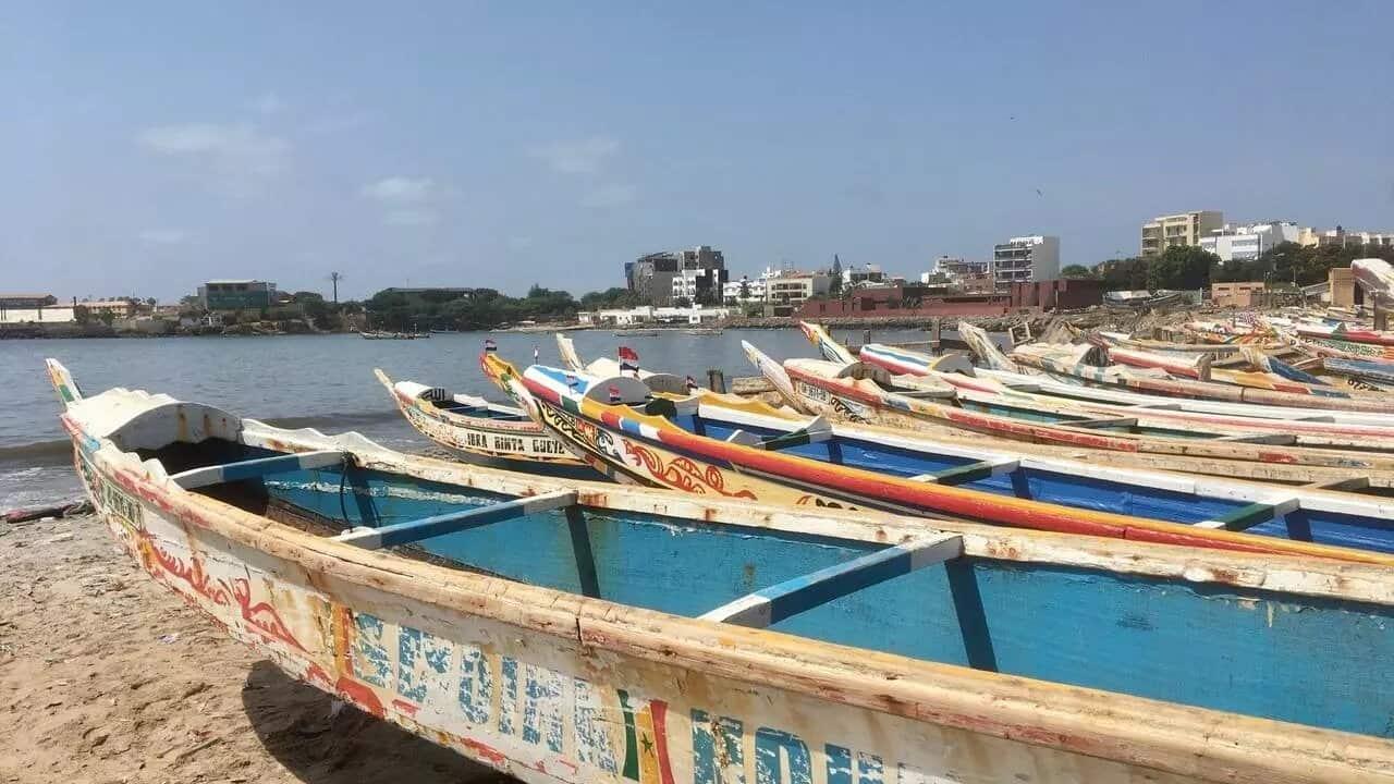 Image Pirogue de pecheurs au Senegal.