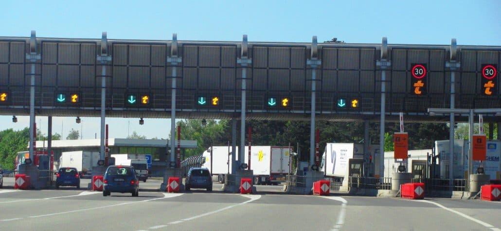 L'Etat du Sénégal récupère 25 % du capital de l'autoroute à péage.