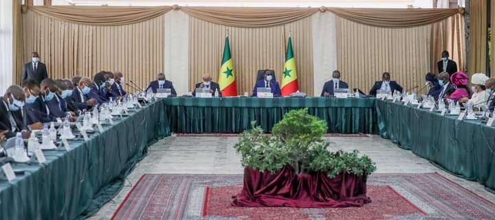 Conseil des ministres.