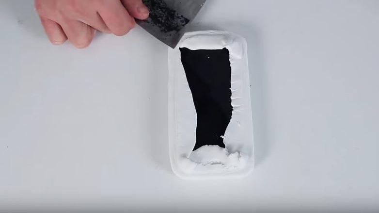 como hacer tu propia carcasa para el móvil 4