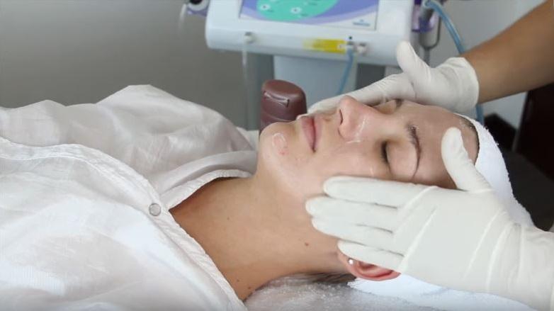 como quitar cicatrices de acné definitivamente