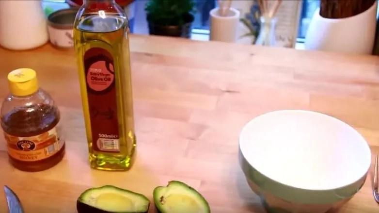mascarilla de aguacate con miel para la cara económica