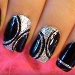 decoración de uñas color negras