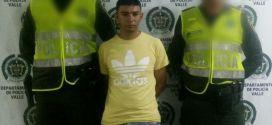Capturado con arma de fuego en Restrepo Valle.