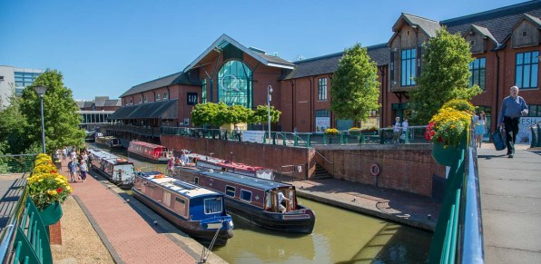 Banbury - View over main shopping area where it meets the canal