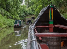 Approaching Shrewley Tunnel, 433 yards long and double width but no towpath