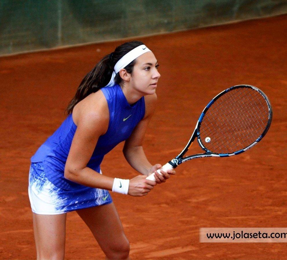 Paula Arias