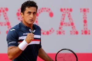 Nicolás Almagro celebra un punto