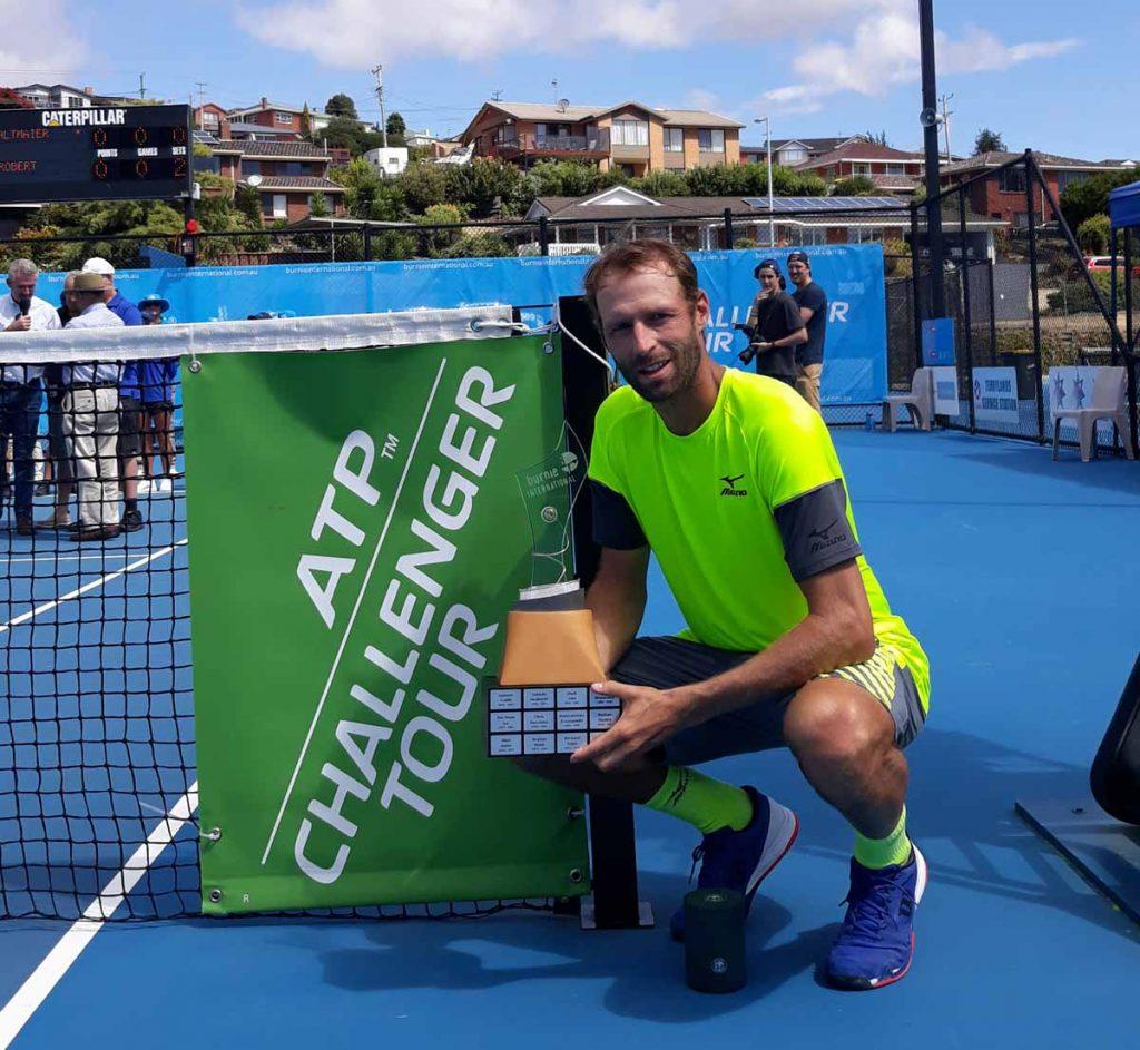 Stephane Robert con el título del Challenger de Burnie
