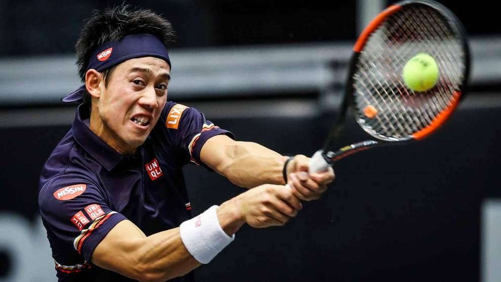 Nishikori golpea un revés