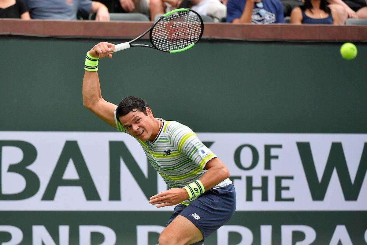 Raonic golpea una derecha en Indian Wells