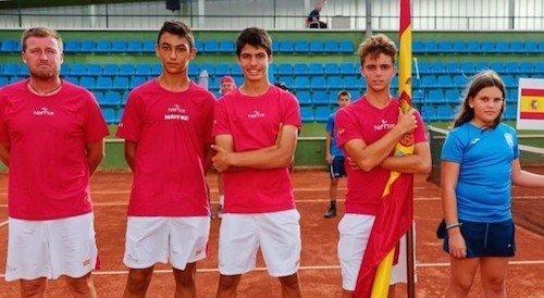 Carlos Alvarez con el equipo español