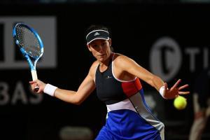 Garbiñe Muguruza golpea una derecha en el Masters 1000 de Roma
