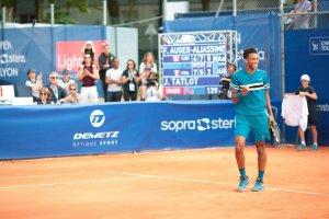 Félix Auger Aliassime celebra el triunfo en el Challenger de Lyon