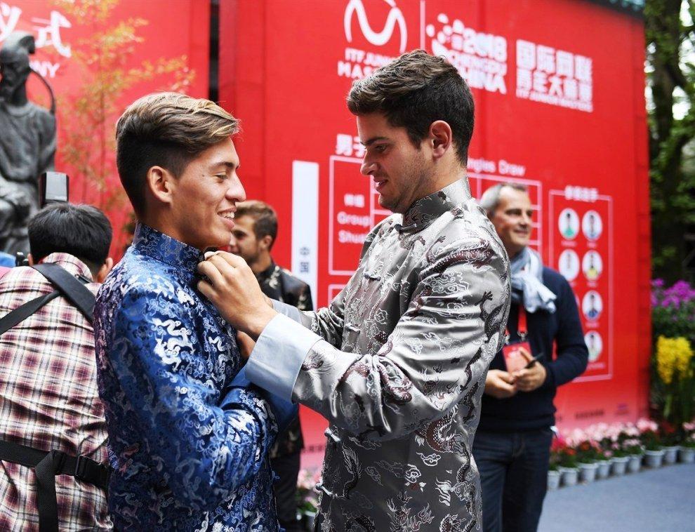 Sebastián Báez y Nicolás Mejía momentos antes del sorteo del Masters Junior 2018 | Foto: www.itftennis.com