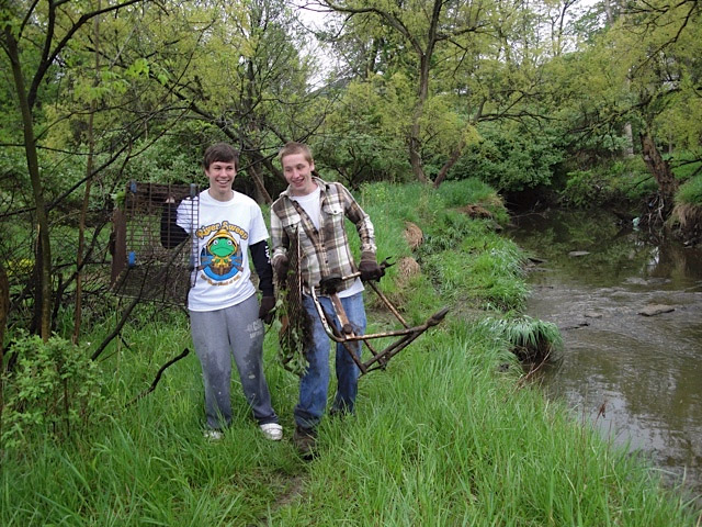 Riversweep Volunteers at West Creek