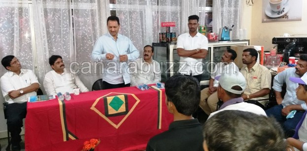 Pandit din dayal upadhya kendrakke (Coffy board) visited central minister Anantkumar hegde