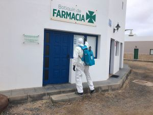 El Consorcio de Seguridad y Emergencias de Lanzarote activa un protocolo de desinfección y limpieza en La Graciosa