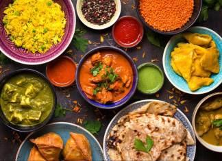 acompañar comida india