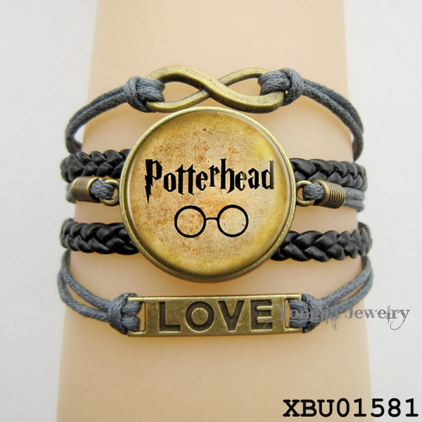 Harry Potter Items Cool Gifts Cool Gift Ideas Harry Potter Things Harry Potter Websites Snitch Harry Potter Harry Potter Poster Wish
