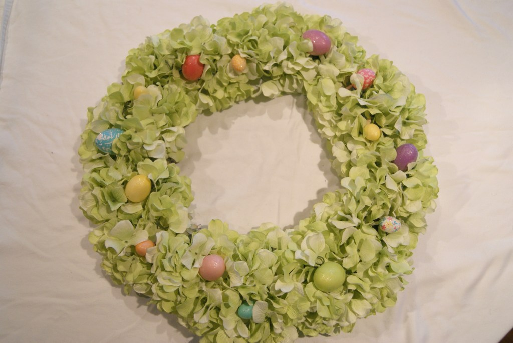 DIY Hydrangea Easter Wreath - Canary Street Crafts
