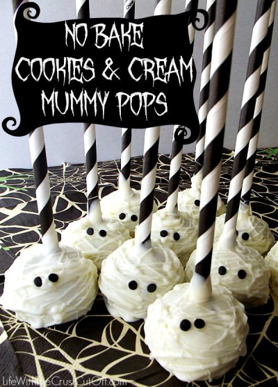 No-Bake-Cookies-Cream-Mummy-Pops  -lifewiththecrustcutoff.com