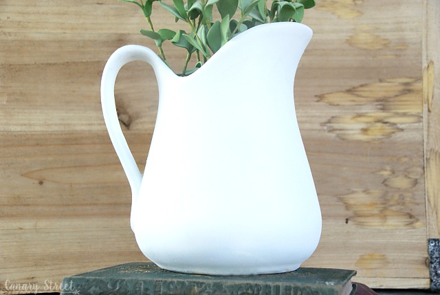 How to DIY faux ironstone the cheap and easy way. https://canarystreetcrafts.com/