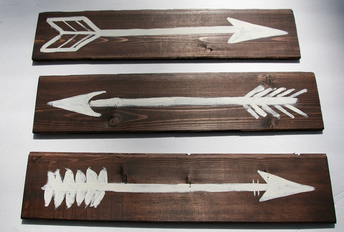 rustic-painted-arrows