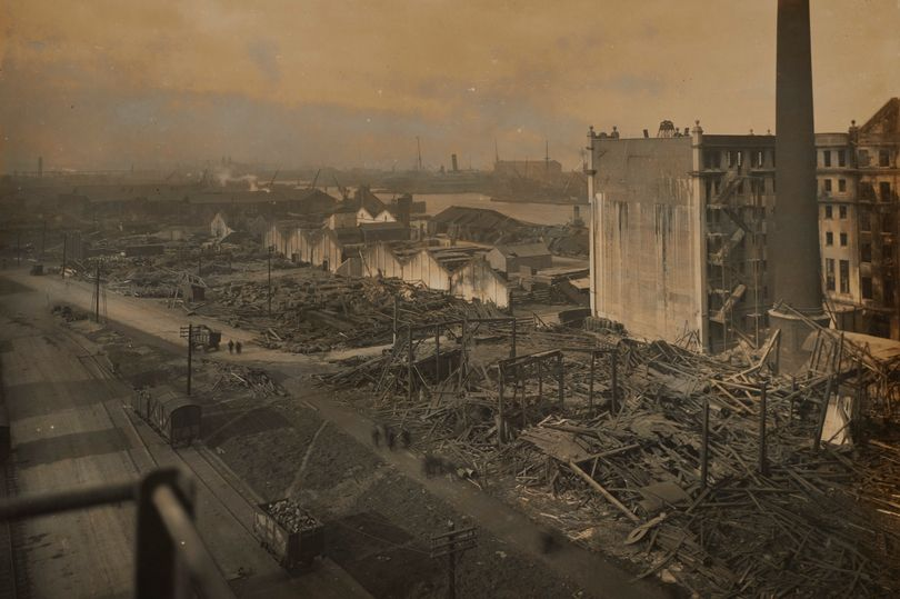 The blast flattened houses and warehouses (Photo: © PLA Collection / Museum of London)