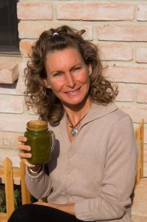 Kim Thacker healed from pancreatic cancer naturally with diet, supplements, enzymes and detoxing protocols