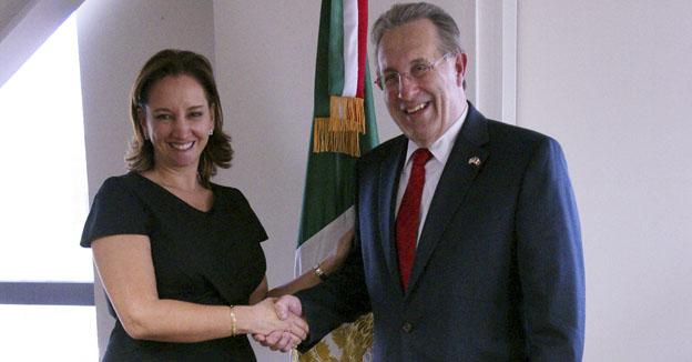 Secretaria de Turismo y Embajador de Estados Unidos
