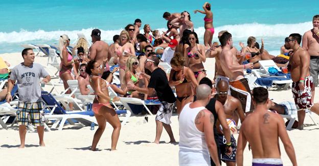 turistas cancun