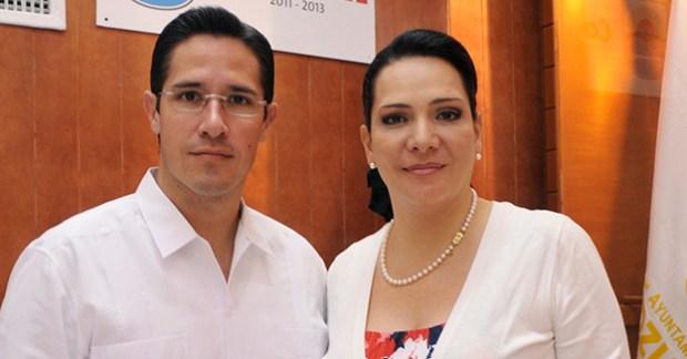 AJG y Adriana Paulina Teissier Zavala