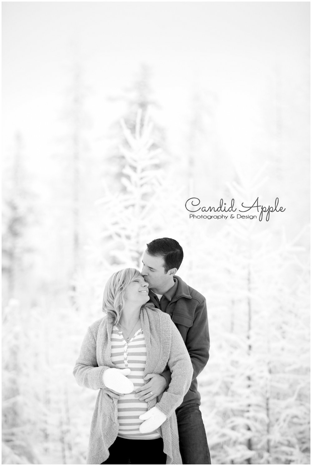 Kelowna_Baby_Bump_Photographers_Winter_TA_0010
