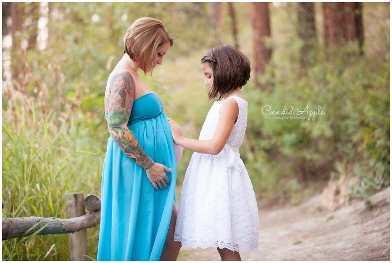 Kelowna_Mission_Creek_Park_Maternity_Photographers_00011
