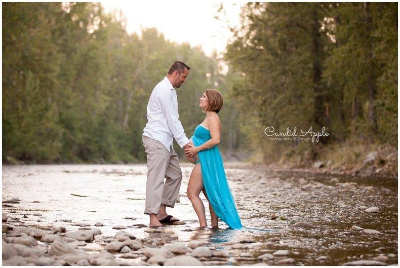 Kelowna_Mission_Creek_Park_Maternity_Photographers_00021