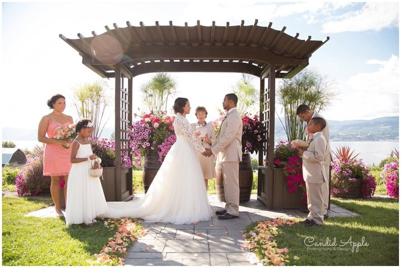 Summerhill_Winery_Kelowna_Wedding_Photographer_0044