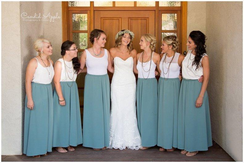 Sanctuary_Garden_West_Kelowna_Candid_Apple_Wedding_Photography_0013