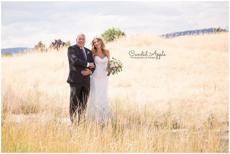 Sanctuary_Garden_West_Kelowna_Candid_Apple_Wedding_Photography_0021